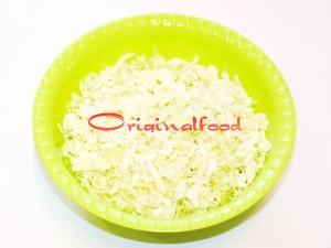 salat_s_perepilinimi_yaizami_ogurzami_i_pomidorami_cherri (3)