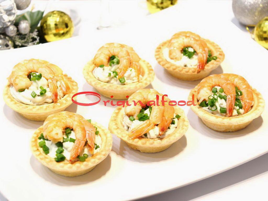 Сливочный сыр с креветками в тарталетках