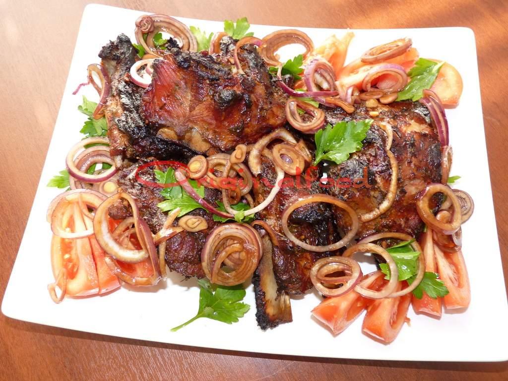 Имбирные свиные ребрышки запеченные в духовке