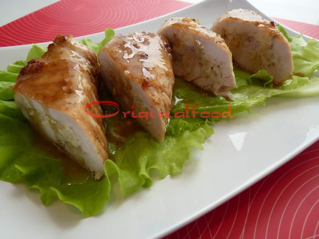 Рулетики из куриного филе с сыром