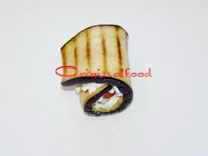 Рулетики из баклажанов с сыром Фета и ветчиной - рецепт пошаговый с фото