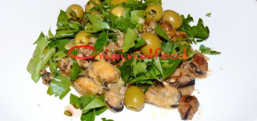 Салат из мидий с оливками