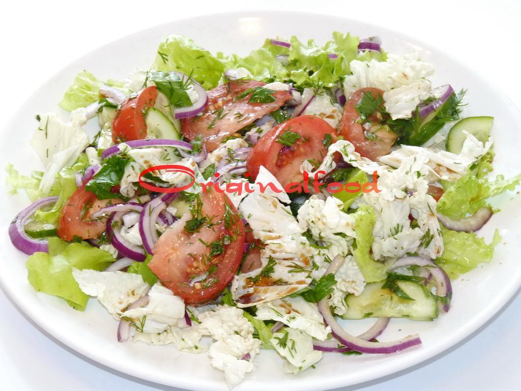 Легкий весенний салат