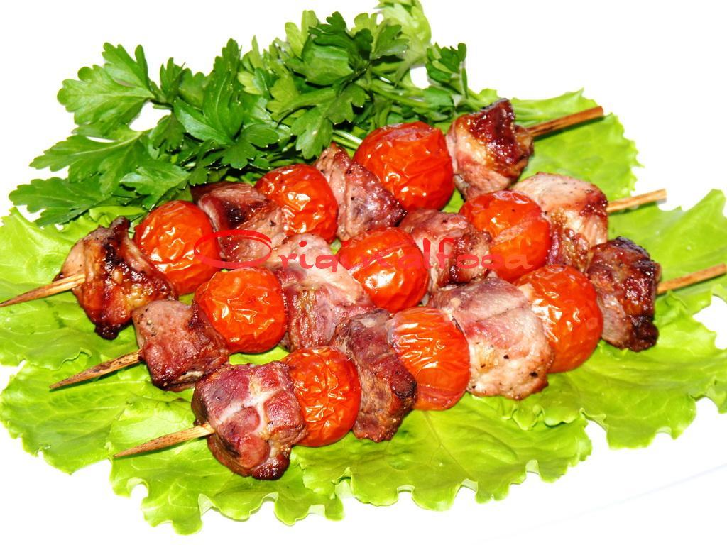 Шашлычки из свинины на шпажках
