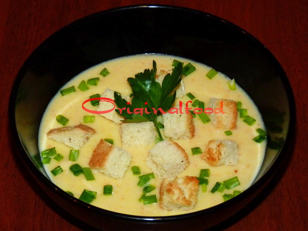 Суп-пюре с курицей и шампиньонами