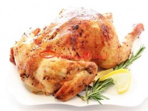 Курица с розмарином, чесноком и лимоном в духовке