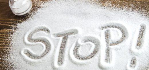 Как ограничить соль в рационе?
